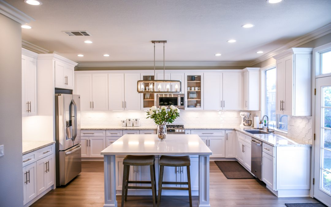 Clutter Clinic Kitchens