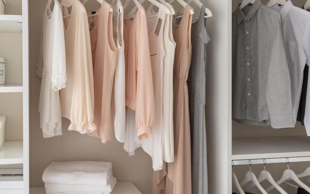 Episode 239: Clutter Clinic: Closets